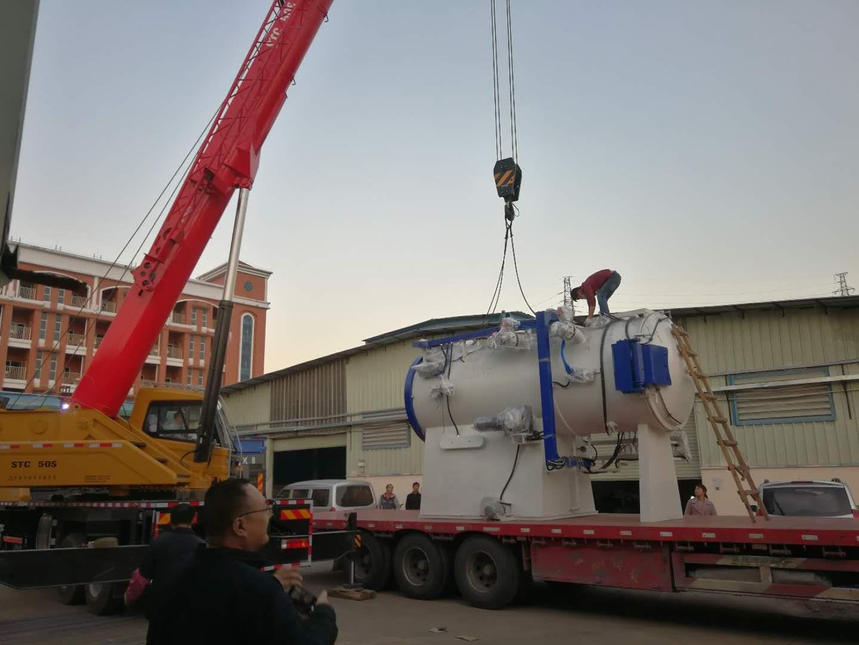 机械海运出口我们选择了巨东物流